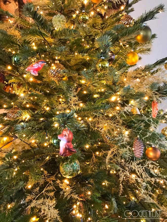 Detail kerstboom vosje
