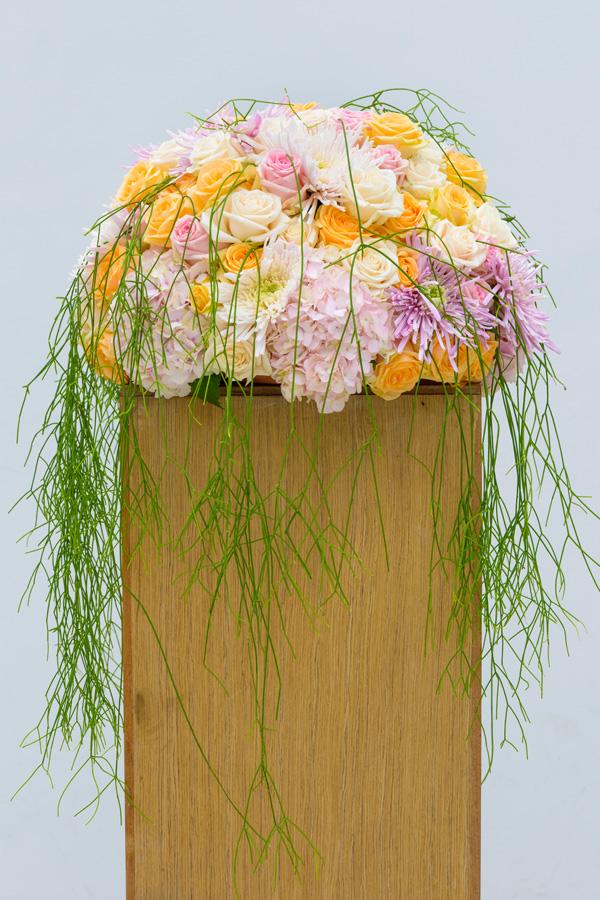 Zuil met bloemwerk